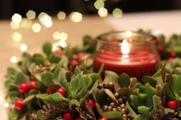 2 - wreath close up